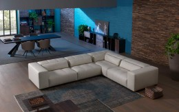 Modern Italian sofa sectional Karma sofa by Cierre with adjustable backrests