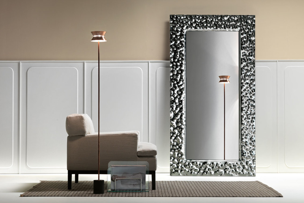 In stock furniture Venus mirror by Fiam Italia